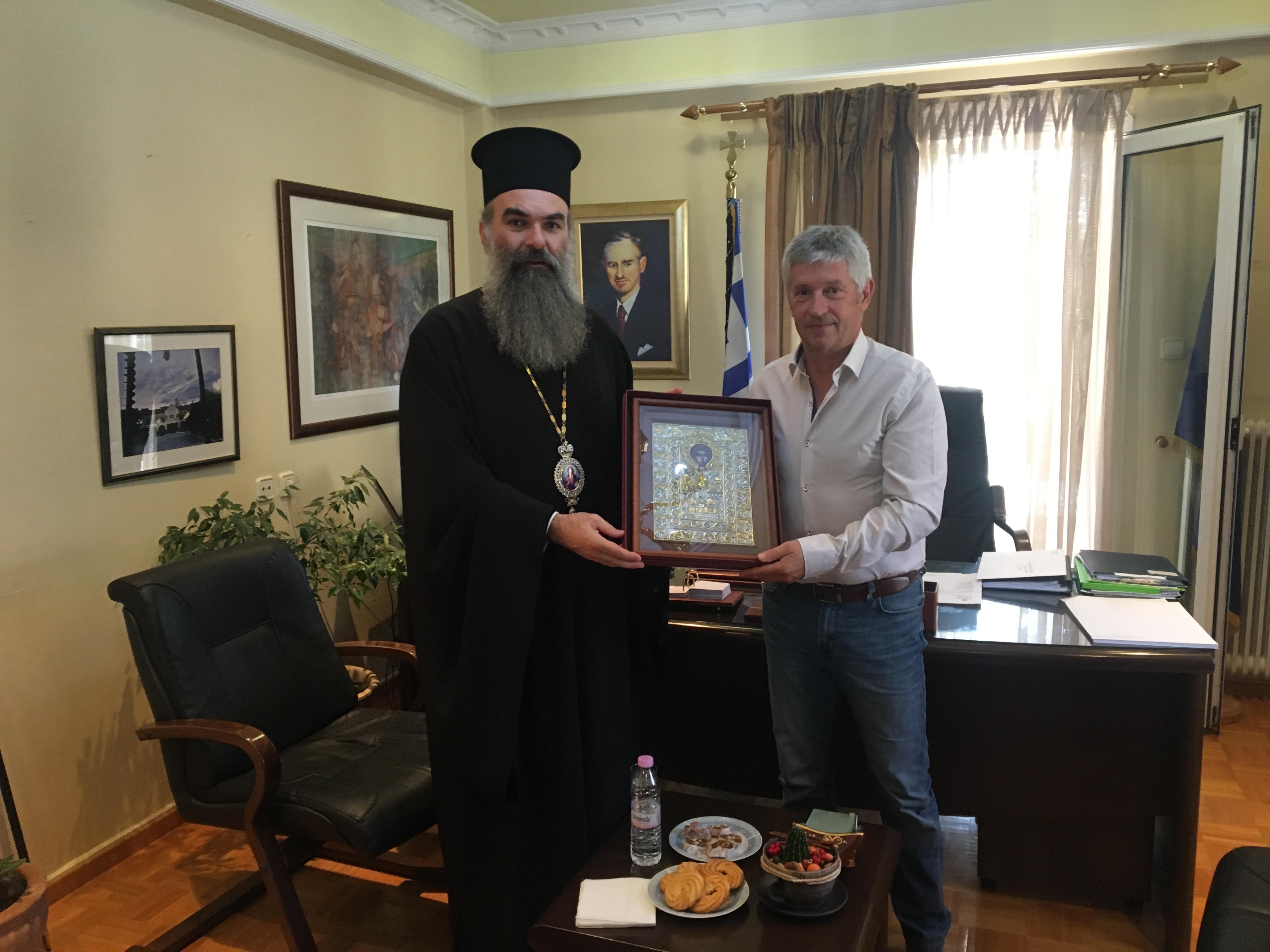 Συνάντηση του Δημάρχου Δεσκάτης κ.Κορδίλα Δημήτριου με τον σεβασμιότατο Μητροπολίτη Ελασσόνας κ.Χαρίτωνα
