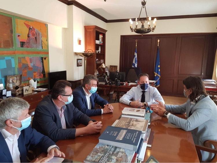 Συνάντηση με τον Υπουργό κ.Στέλιο Πέτσα